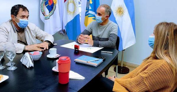 FIRMAMOS UN CONVENIO DE TRABAJO CON EL MUNICIPIO DE LASPIUR